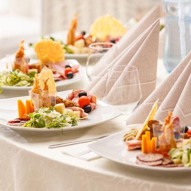 assiette-plat-traiteur-reception-mariage-essonne-91-paris-75-ile-de-france-seine-et-marne-77