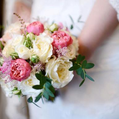 bouquet-fleur-traiteur-reception-mariage-essonne-91-paris-75-ile-de-france-seine-et-marne-77