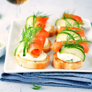 canapes-saumon-traiteur-reception-mariage-essonne-91-paris-75-ile-de-france-seine-et-marne-77